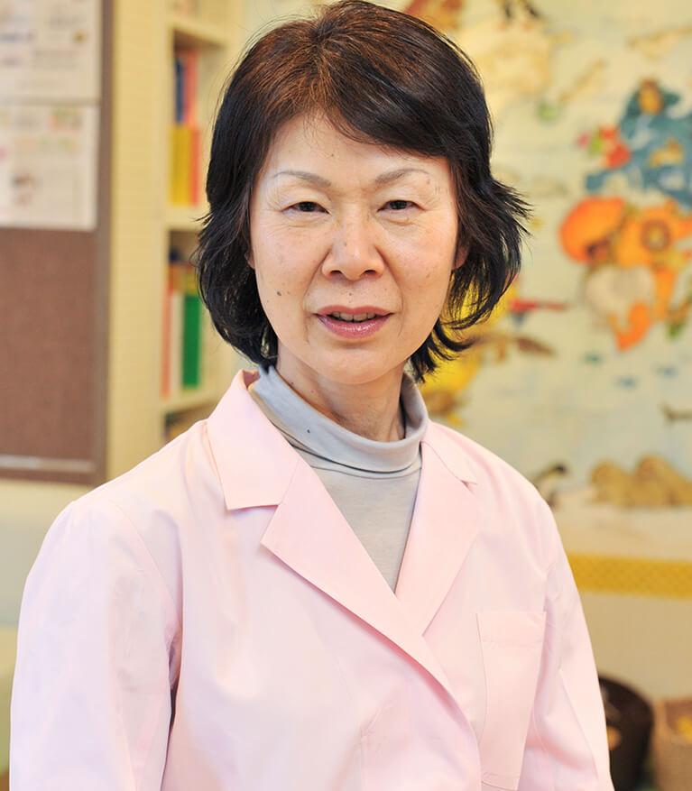 岡本夏子(おかもとなつこ):管理栄養士(非常勤)